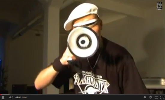 Mixery Raw Deluxe - Flashmaster Ray im Interview mit Falk (Hip Hop TV Magazin)